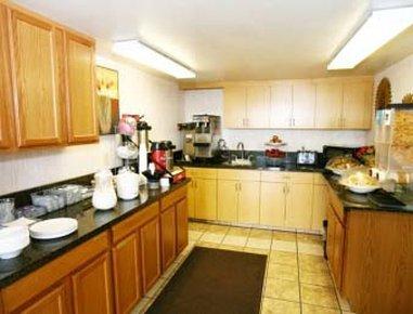 фото Days Inn Yuma Hotel 487998977