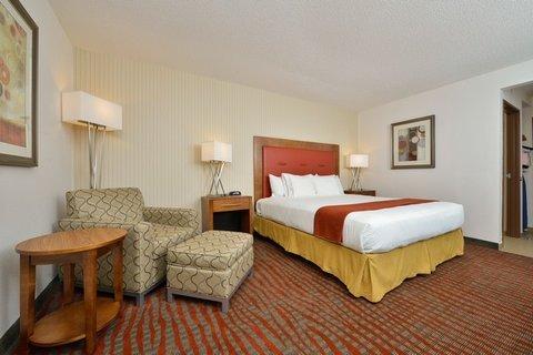 фото Holiday Inn Express Boston/Milford Hotel 487999134
