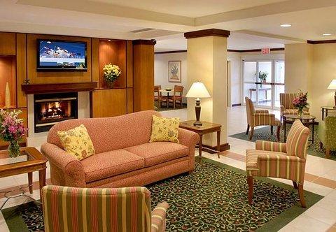 фото Fairfield Inn by Marriott Medford Long Island 487999687