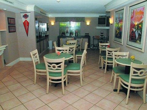 фото La Quinta Inn Champaign 488000930