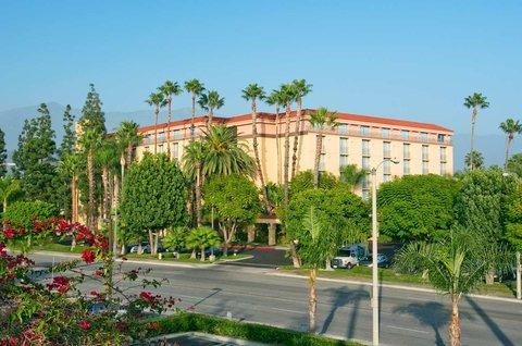фото Embassy Suites Arcadia-Pasadena Area 488001530