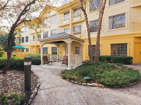 фото La Quinta Inn & Suites Dallas Addison-Galleria 488003639