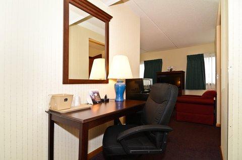 фото Quality Inn & Suites Beaver Dam 488003833