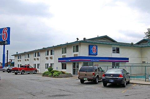 фото Motel 6 Fort Wayne 488003924