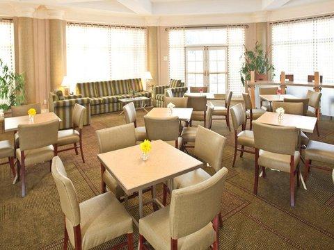 фото La Quinta Inn & Suites Charlotte Airport South 488004522