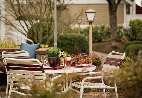фото Residence Inn by Marriott Lake Oswego 488004951