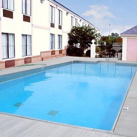 фото Magnuson Hotel Lawrenceville 488005051