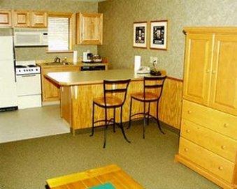фото Poulsbo Inn & Suites 488007264