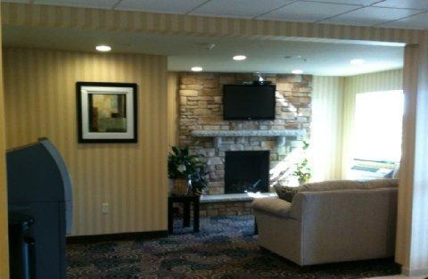 фото Cobblestone Inn & Suites 488007354