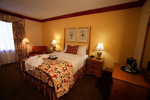 фото Founders Inn and Spa 488007466