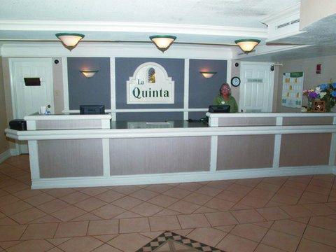 фото Baymont Inn & Suites Grand Prairie 488008273