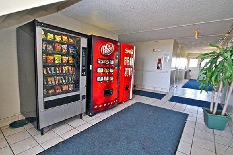фото Motel 6 Shawnee 488008301
