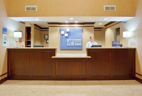 фото Holiday Inn Express Yreka-Shasta Area 488010642