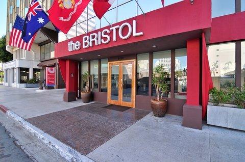 фото The Bristol Hotel 488010933