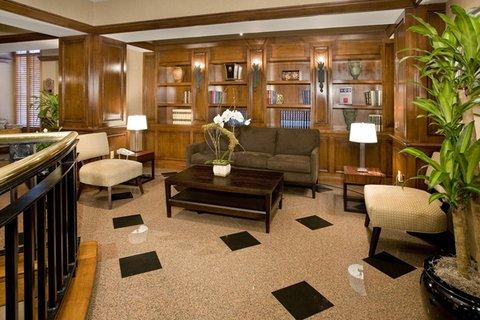 фото LaGuardia Airport Hotel 488013708