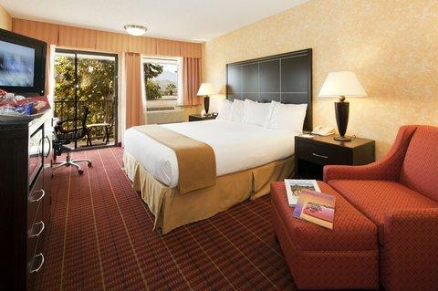 фото Holiday Inn Express Palm Desert 488014169