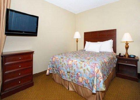 фото MainStay Suites Mount Pleasant 488014425