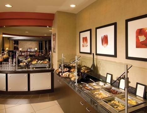 фото Cambria Suites Maple Grove 488014634