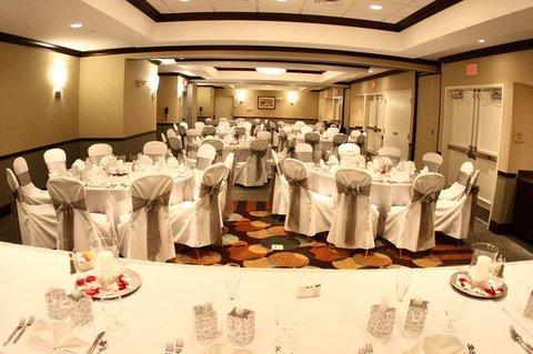 фото Hilton Garden Inn Winston-Salem/Hanes Mall 488014817