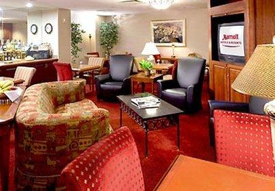 фото SpringHill Suites Des Moines West 488014861