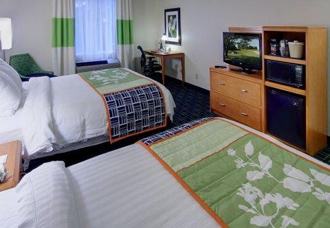 фото Fairfield Inn by Marriott East Lansing 488018945
