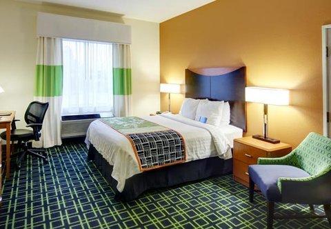 фото Fairfield Inn by Marriott East Lansing 488018946