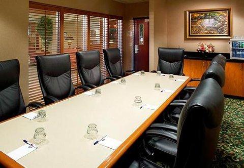 фото Fairfield Inn & Suites Des Moines West 488019873