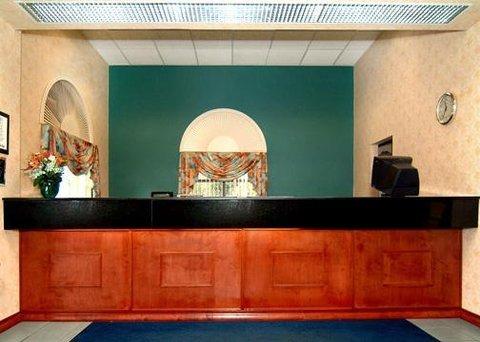 фото Comfort Inn Sun City Center 488021696