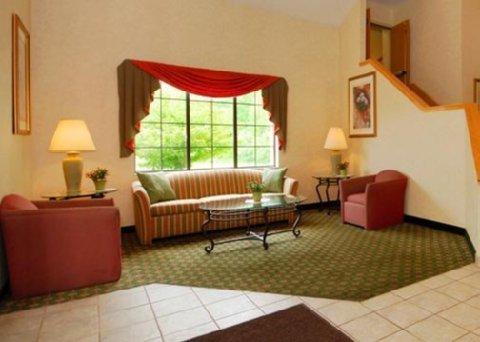 фото Sleep Inn & Suites 488029522