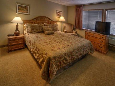 фото Boulder Twin Lakes Inn 488029663