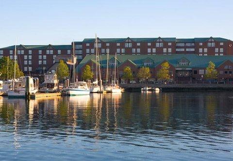 фото Newport Marriott 488033748
