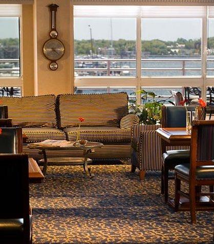 фото Newport Marriott 488033763