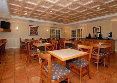 фото Comfort Inn North Shore Danvers 488034528