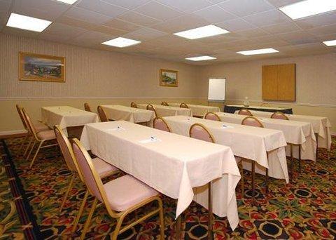 фото Comfort Inn North Shore Danvers 488034530