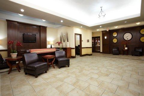 фото Holiday Inn Express Deer Park 488034841