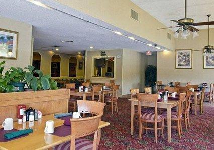 фото Rodeway Inn Near Fairplex 488035780
