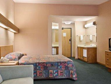 фото Skyview Motel Indianapolis, Castleton 488035837