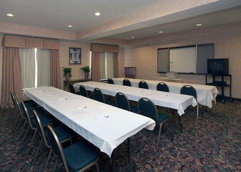 фото Comfort Inn & Suites Seguin, Tx 488036095