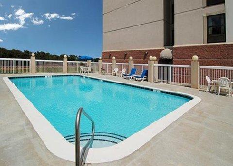фото Comfort Suites University Area 488036837