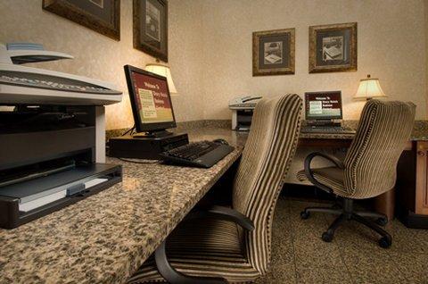 фото Drury Inn & Suites Arnold 488036897