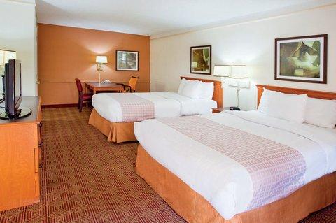 фото La Quinta Inn Atlanta Marietta 488040894