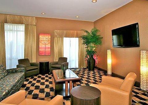 фото Comfort Suites 488040992