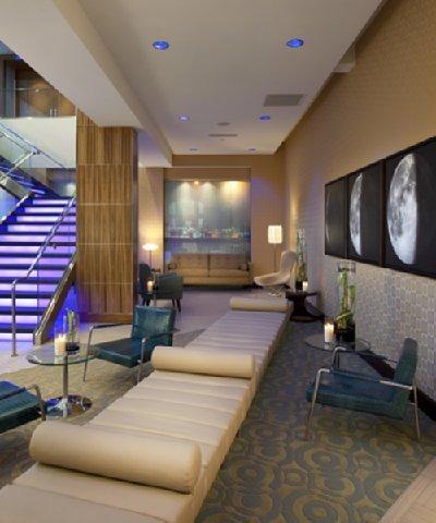 фото The Moonrise Hotel 488046617