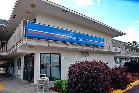 фото Motel 6 Tuscaloosa 488049178