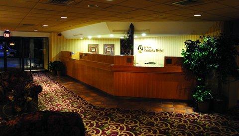 фото Best Western Ramkota Hotel Watertown 488049239