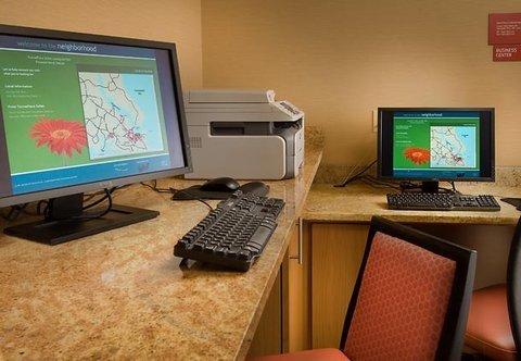 фото TownePlace Suites Lexington Park Patuxent River Naval Air Station 488050214