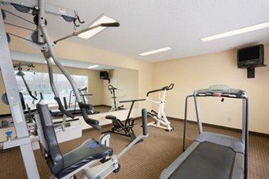 фото Baymont Inn & Suites - Duncan 488050383