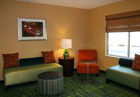 фото Fairfield Inn and Suites by Marriott San Antonio Northeast / Schertz / RAFB 488052629