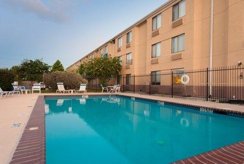 фото Red Roof Inn Houston - IAH Airport 488053271