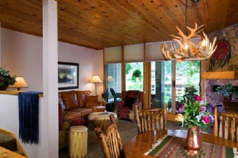 фото The West Condos by Wyndham Vacation Rentals 488054060